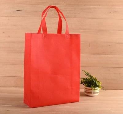 non-woven-bag-red